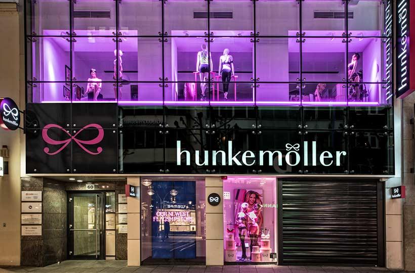 Eingangsbereich des Hunkemöller Shops in Düsseldorf, Referenz-Shop der Figo Gmbh, Shopdesign, Shopkonzeption, Projektleitung und Bauleitung