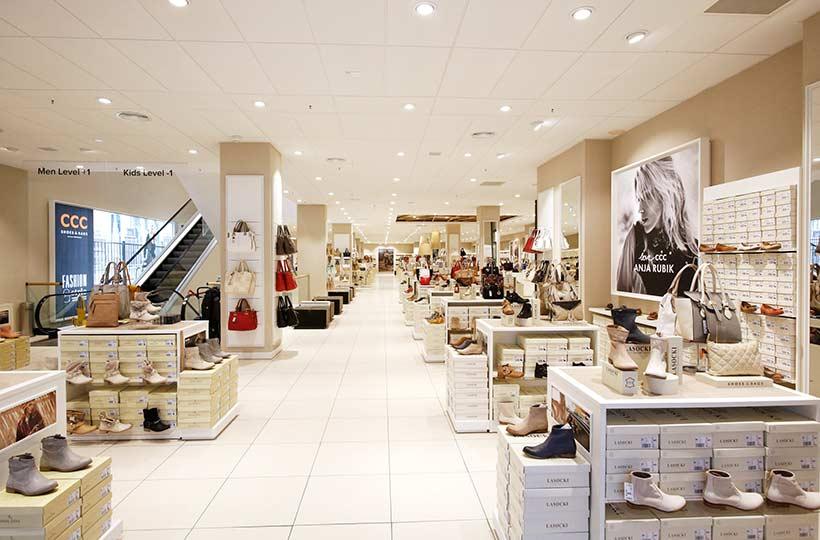 Innenansicht des CCC Shops am Alexanderplatz Berlin, Referenz-Shop der Figo Gmbh, Shopdesign, Shopkonzeption, Projektleitung und Bauleitung