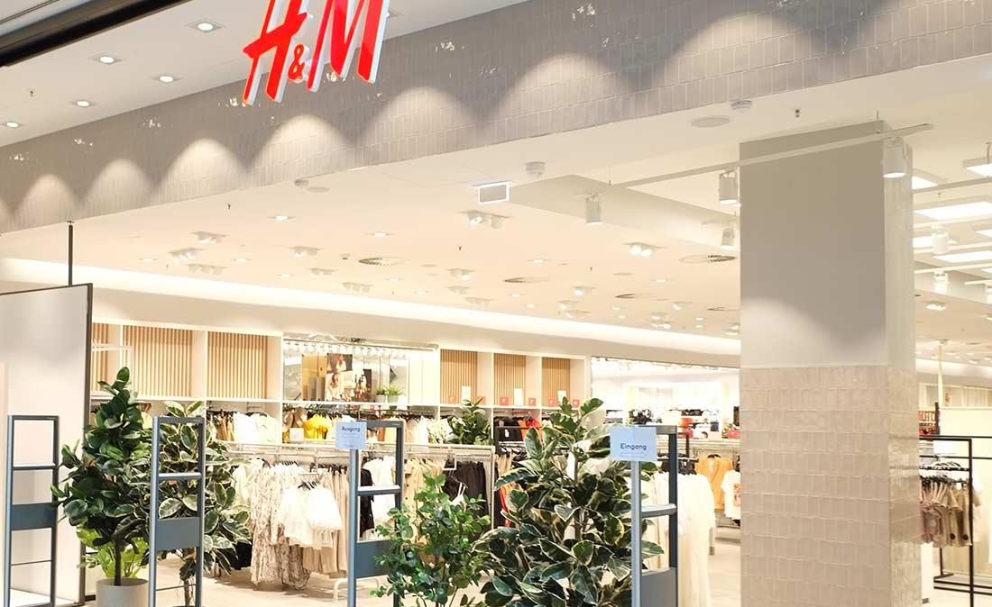 Eingangsbereich H&M Shop – Referenz-Shop der figo GmbH, Shopdesign, Shopkonzepte, Projektmangement, Bauleitung, Facility Management