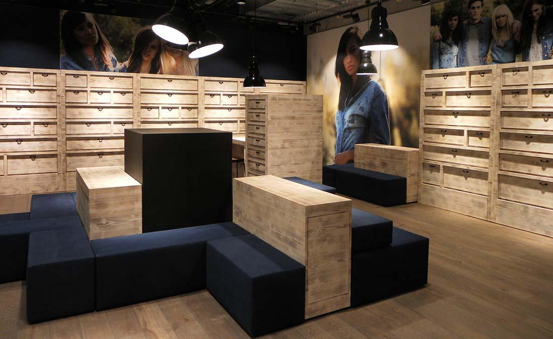 mustang jeans - Referenz der Figo Gmbh, Shopdesign, Shopkonzeption, Projektleitung und Bauleitung